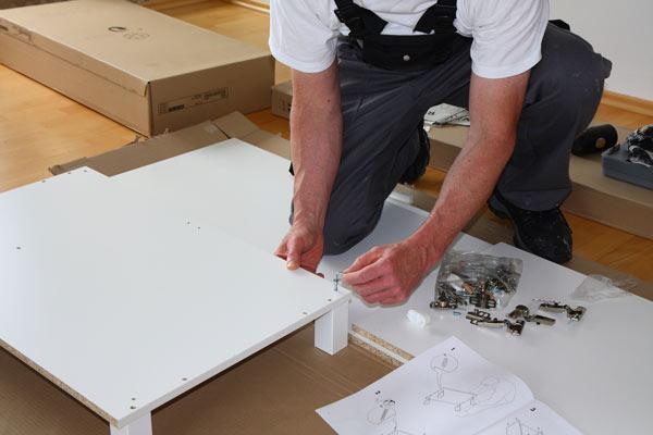 C mo es el trabajo del montador de muebles en las mudanzas for Montador de muebles economico